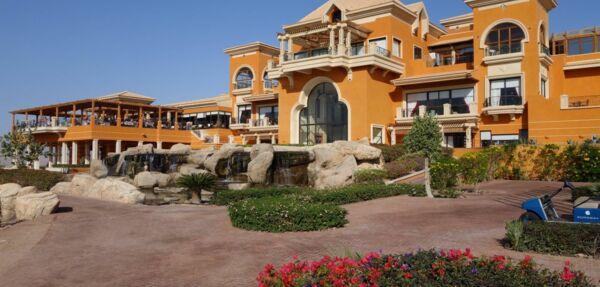 MAXIMUM Golfreisen The Cascades Hotel