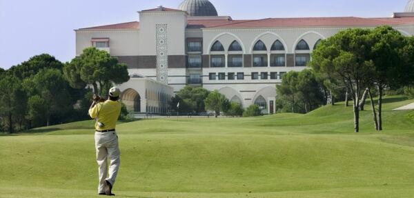 MAXIMUM Golfreisen Kempinski Hotel The Dome