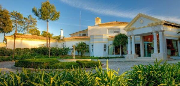 MAXIMUM Golfreisen Pinherios Altos