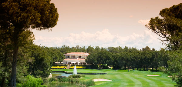 MAXIMUM Golfreisen National Golf Club