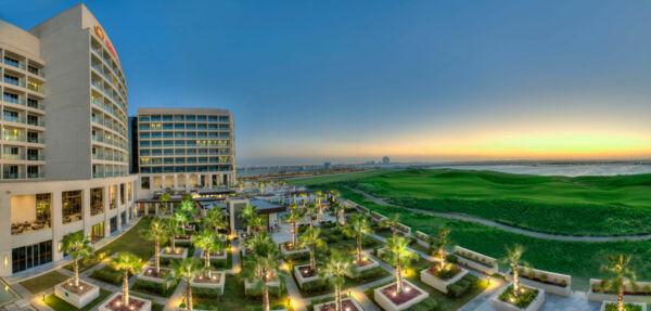 MAXIMUM Golfreisen Crowne Plaza Abu Dhabi Yas Island