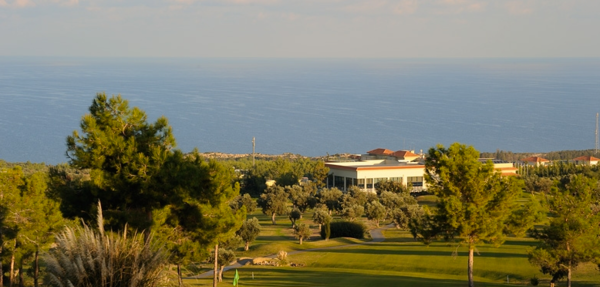 MAXIMUM Golfreisen Korineum Golf Club
